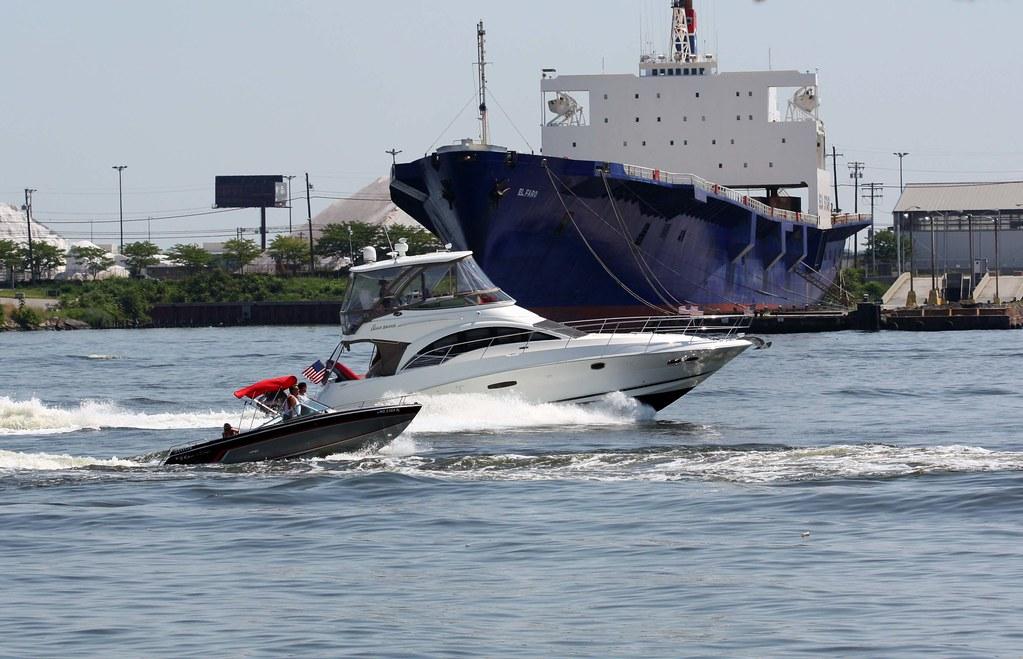 Yachts & boats