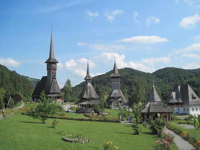 Barsana, the monastery and wooden churches