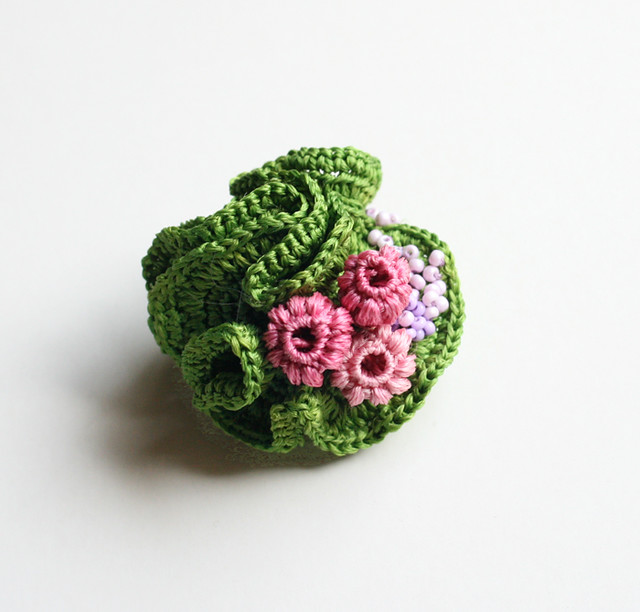 Brooch, green with buds