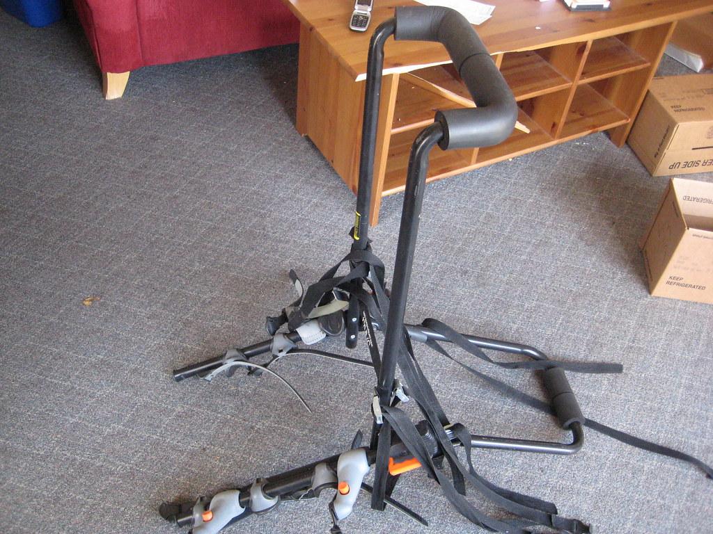 Trunk-mounted Saris bike rack