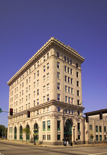 (007) Rockford, Illinois_City Hall