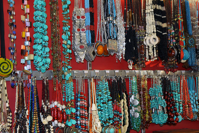 Outer Banks Hotels >> Connaught Place : Pictures of Delhi's Shopping Mecca