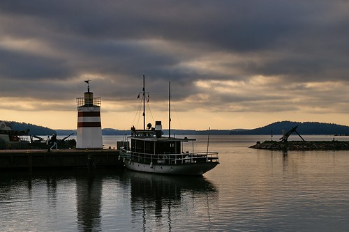 travel viaje sunset lighthouse suomi finland geotagged faro puerto barco ship harbour lahti puestadesol finlandia luciojosémartínezgonzález luciojosemartinezgonzalez geo:lat=609948933333324 geo:lon=256496842499905