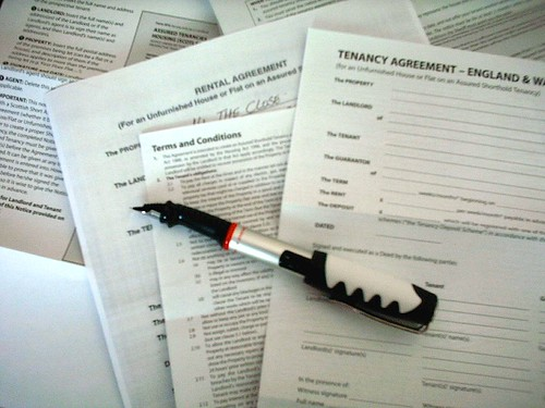 Contracts by NobMouse, on Flickr. CC-BY