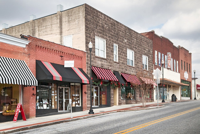 Clinton (TN) United States  city images : shops, Market Street, Clinton, Tennessee 1801 , pop. 9,6… | Flickr ...
