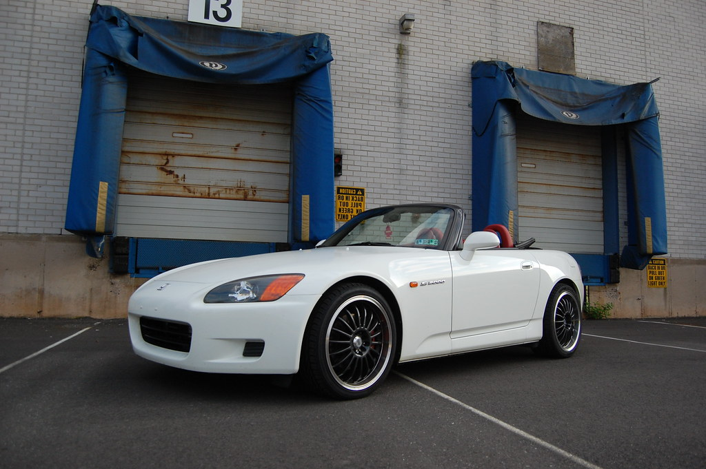 pa fs 2002 honda s2000 41 900miles white with full red. Black Bedroom Furniture Sets. Home Design Ideas