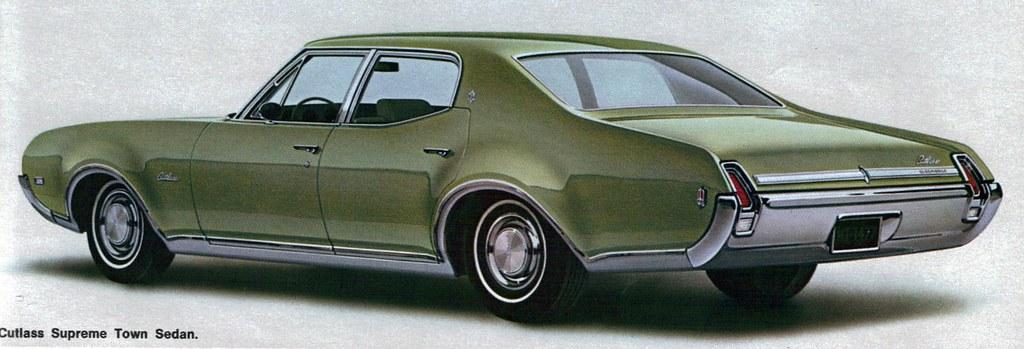 Collectible Automobile Magazine Website 1969 Oldsmobile Cutlass Supreme 4 Door Sedan - a photo on Flickriver