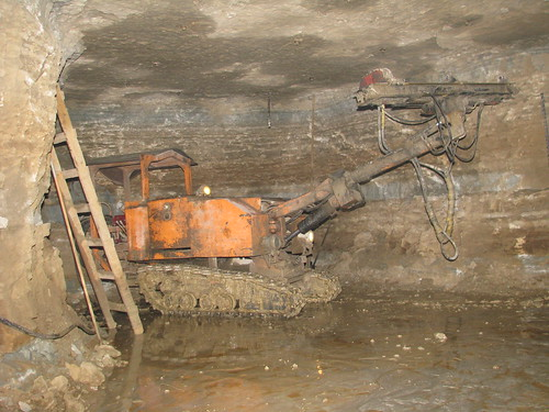 underground drilling-machine MBM by a-n-d-r-e