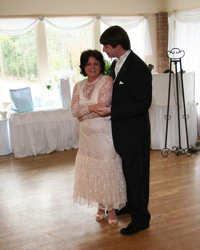 wedding mom dance betty lyle