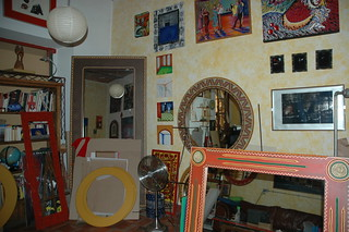 Art Studio room, mirror frames, art, paintings, Arcelia Barbero Gomez's home, Mexique, Zona Centro, Guadalajara, Jalisco, Mexico