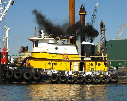 F DAWSON Tugboat, Willis Avenue Bridge, Harlem River, New York City