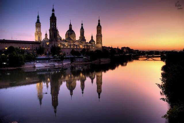 Reflections on river Ebro / Reflejos del Ebro