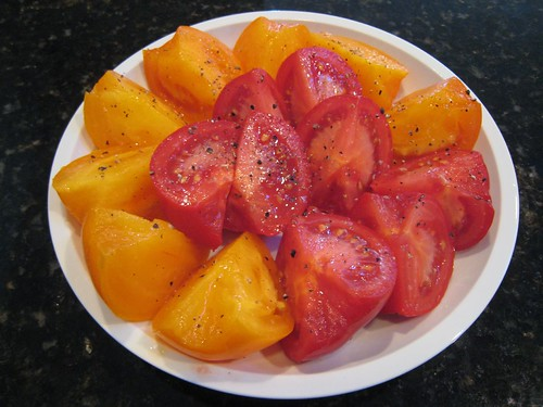 side pocket's tomatoes, heirloom, tomatoes,… IMG_0174