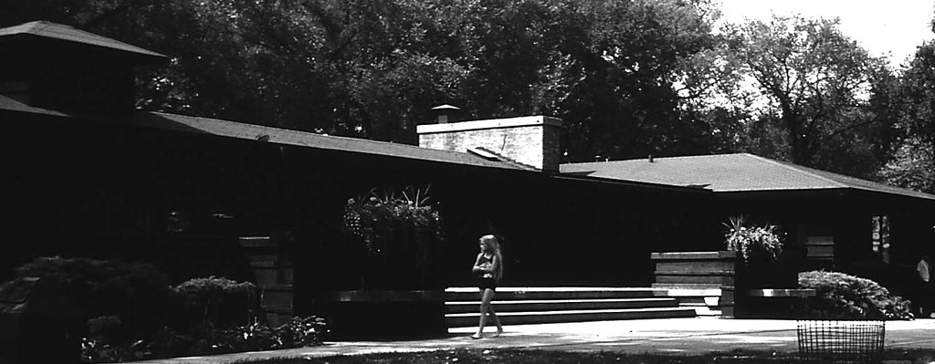 Frank Lloyd Wright, River Forest Tennis Club