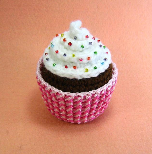 Crochet Cupcake Pattern images