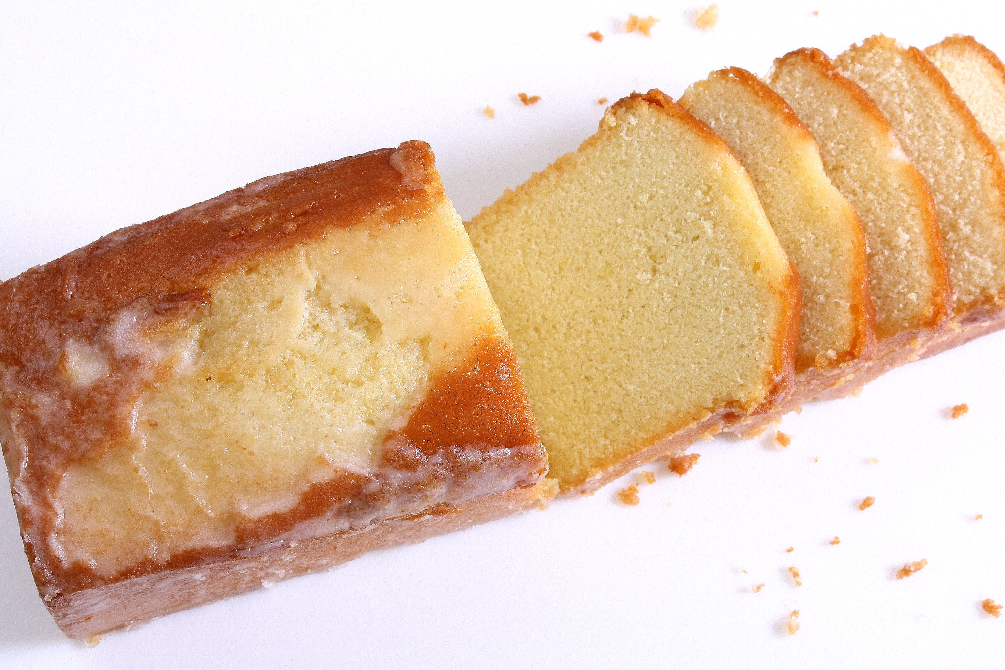Lighter, Airy Pound Cake | Gâteau Quatre-Quarts Léger et ...