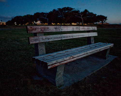 park bench dusk greece crete canonef2470mmf28lusm heraklion thicket canoneos5d 250v10f gettyimagesgreece1
