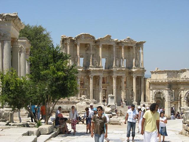 Biblioteca de Celsus, Efesu, Turquia