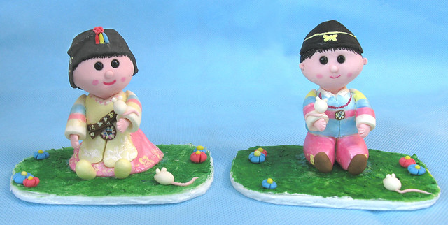 Korean dol (first birthday) cake toppers. Boy and girl ...
