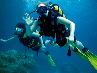 Try deep-sea diving in the city through the Ecudive company - Things to do in Guayaquil