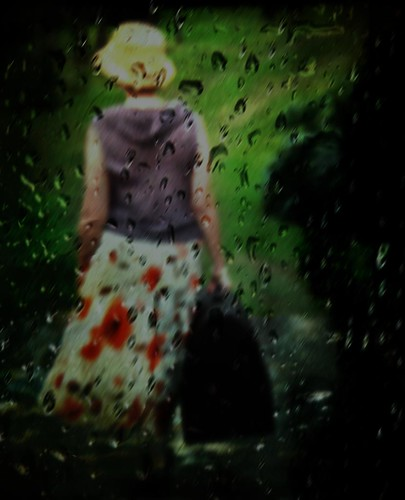 old woman color art window hat rain photography moments artistic dominicanrepublic pluie skirt dirty goodbye dust capture suitcase feelings ixtlan afterthought colourartaward michellebrea photodistorzija4