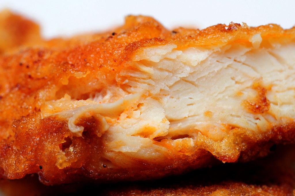 2派克雞排-脆皮雞排斷面秀