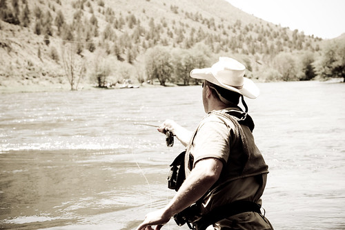 Fly fishing photography from jon meyers deschutes river for Central oregon fishing report
