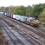 66127 hauls a southbound 4O21 intermodal past Hinksey 23 Oct 2009