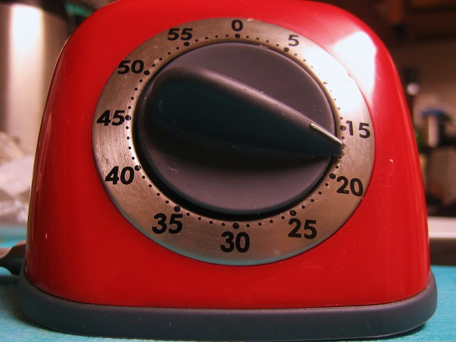 i love my retro kitchen timer!