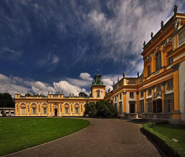 ~ Beautiful Sky At Wilanów Palace ~