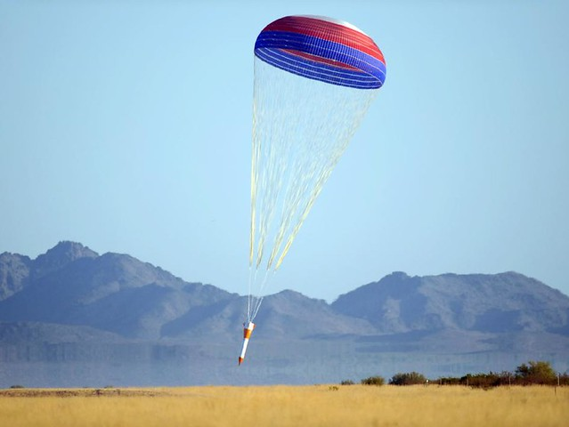 raft parachute nasa - photo #7