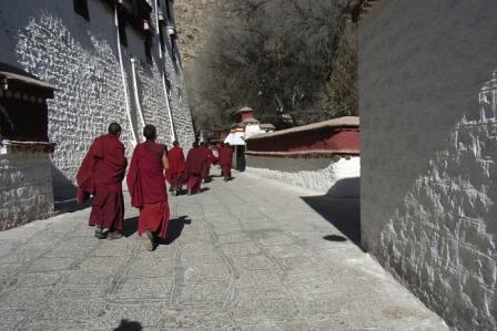 Students, Lhasa, Dec 2007