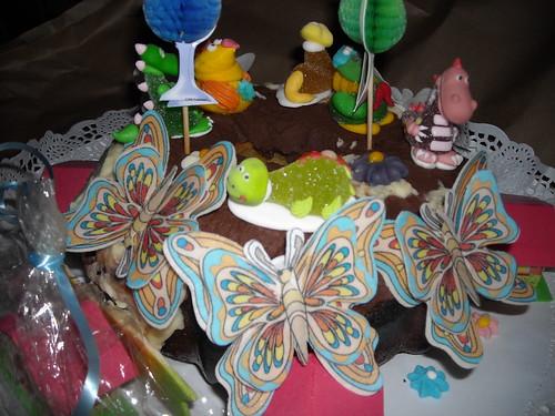 Decoracion bizcocho cumplea os a photo on flickriver - Bizcochos para cumpleanos ...