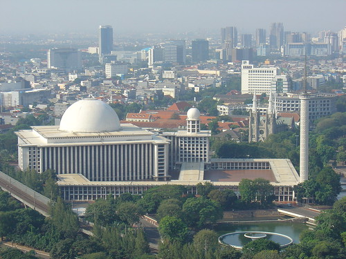 mesjid istiqlal photo