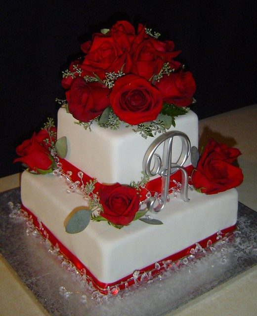 Red Roses Amp Bling Wedding Cake Flickr Photo Sharing