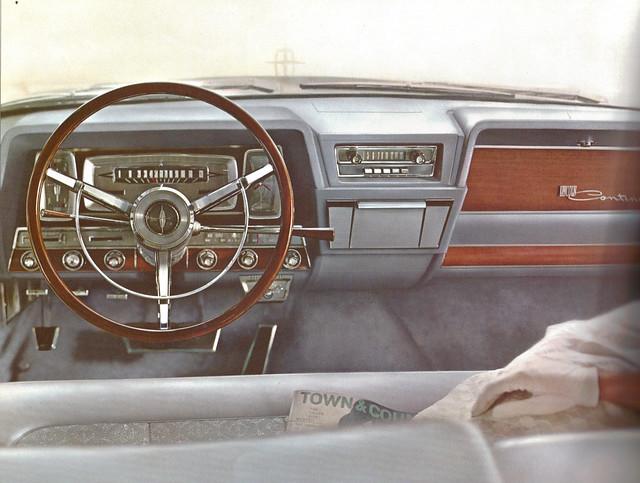 1962 Lincoln Continental Dashboard