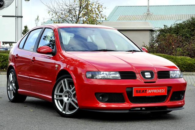 seat leon cupra r 225 in red a photo on flickriver. Black Bedroom Furniture Sets. Home Design Ideas