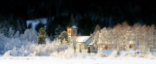 Luksefjell church