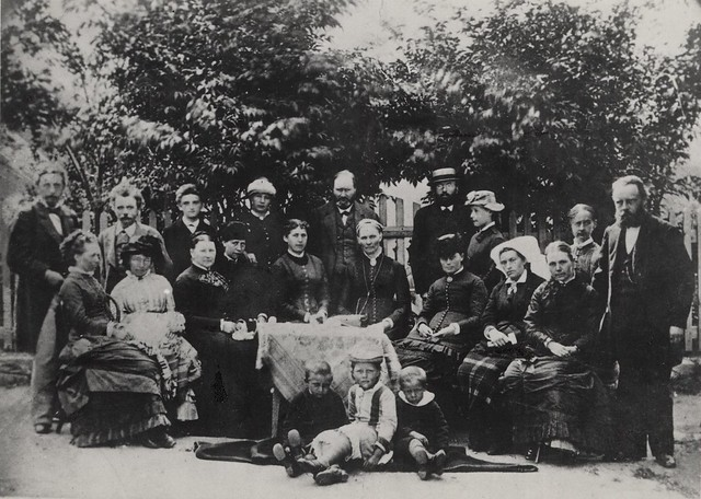 [Edvard Grieg with friends at Lofthus]