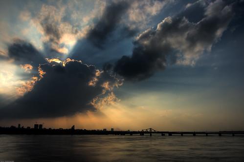 bridge blue sunset sky cloud sun clouds canon river rays 1740 canon400d aplusphoto dannytran