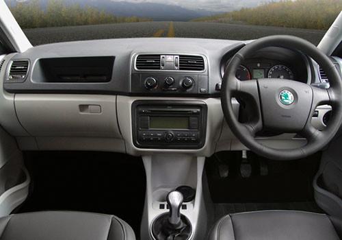Skoda fabia interieur 2017 2018 best cars reviews - Skoda fabia interior ...
