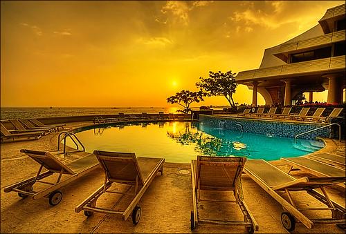 sunset pool hawaii hotel resort bigisland kona hdr kailua photomatix 3exp royalkona ☆thepowerofnow☆
