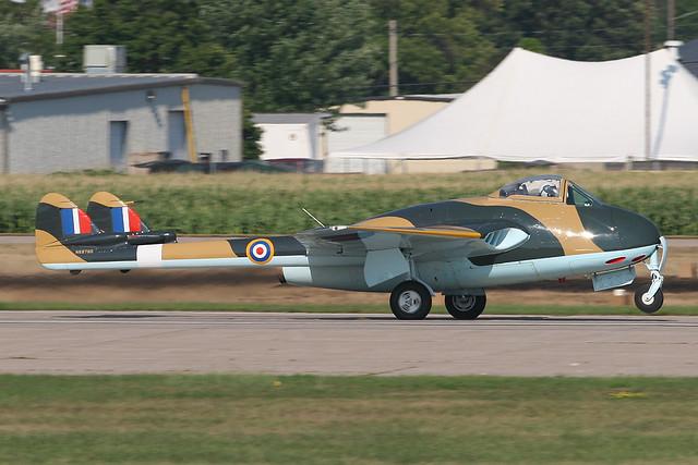 DeHavilland Vampire F Mk. 3 N6878D
