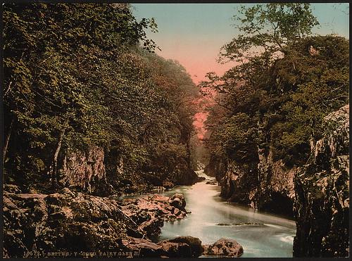 [Fairy Glen II, Bettws-y-Coed (i.e. Betws), Wales] (LOC)