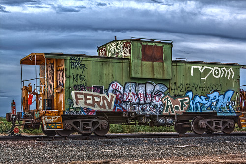 railroad arizona car train canon graffiti rail az caboose hdr 50d qtpfsgui