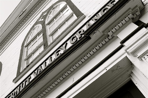 bw monochrome architecture blackwhite upstatenewyork greekrevival otsegocounty gilbertsvilleny butternutvalleygrangehall rdbrodzinsky