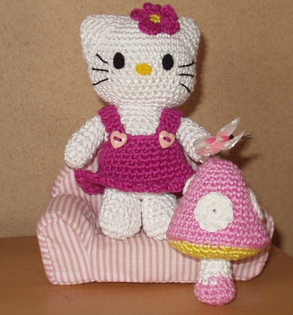 Hello Kitty Amigurumi with Mushroom Flickr - Photo Sharing!