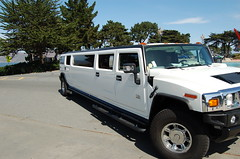 hummer h1(0.0), hummer h3t(0.0), automobile(1.0), automotive exterior(1.0), sport utility vehicle(1.0), vehicle(1.0), hummer h3(1.0), hummer h2(1.0), bumper(1.0), land vehicle(1.0), luxury vehicle(1.0), limousine(1.0),