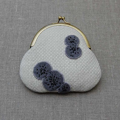 custom mouldy purse