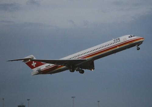 CTA McDonnell Douglas MD-87